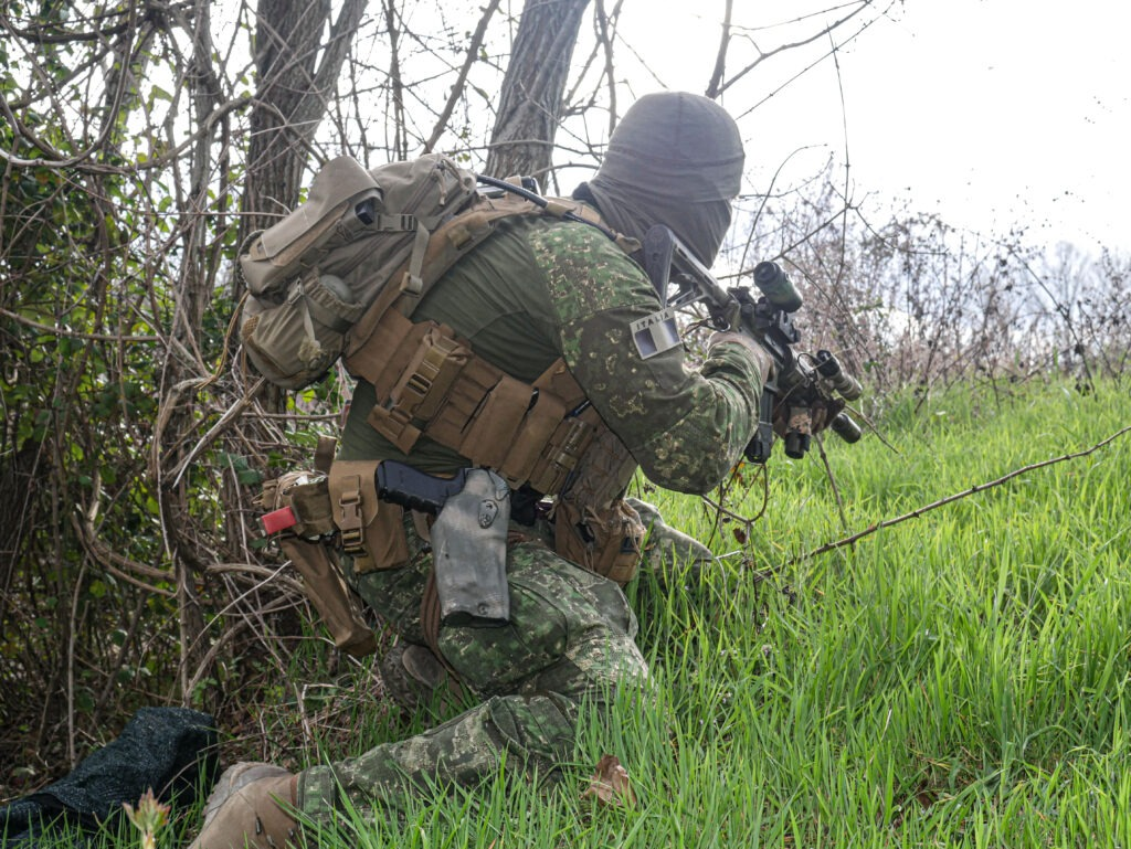 Direct Action plate Carrier