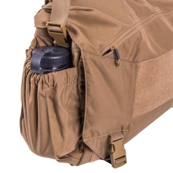 tasca esterna laterale per borraccia