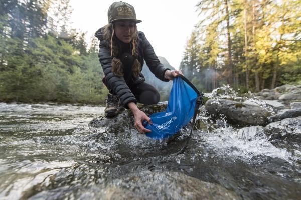 lifestraw gravity bag sacca acqua riempimento